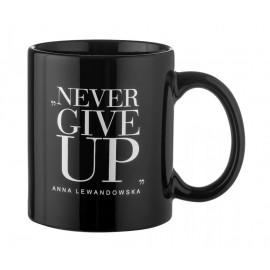 BLACK MUG NEVER GIVE UP 300ML ANNA LEWANDOWSKA